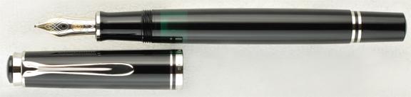 Stylos plume - Page 40 Pelikan-m405-black-uncapped
